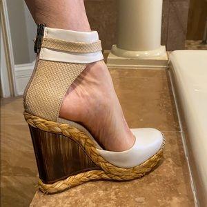 BCBGMAXAZRIA wedge sandal